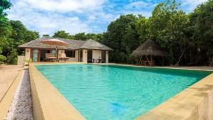 Deluxe Sunset Beach Villa