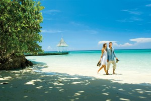 HQ_Sandals-Barbados-couple-300x200
