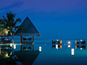 Four-Seasons-Resort-Maldives3-300x225