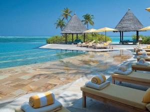 Four-Seasons-Resort-Maldives9-300x225