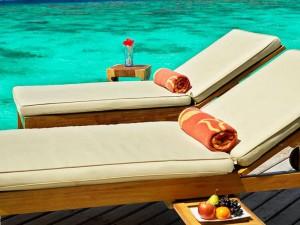 Jumeirah-Vittaveli-Malediven-Top-Luxusreisen12-300x225