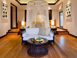 Jumeirah-Vittaveli-Malediven-Top-Luxusreisen7-300x225