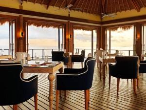 Jumeirah-Vittaveli-Malediven-Top-Luxusreisen9-300x225
