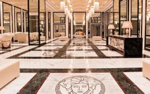 Palazzo-Versace-Dubai_Top-Luxusreisen_8-300x189