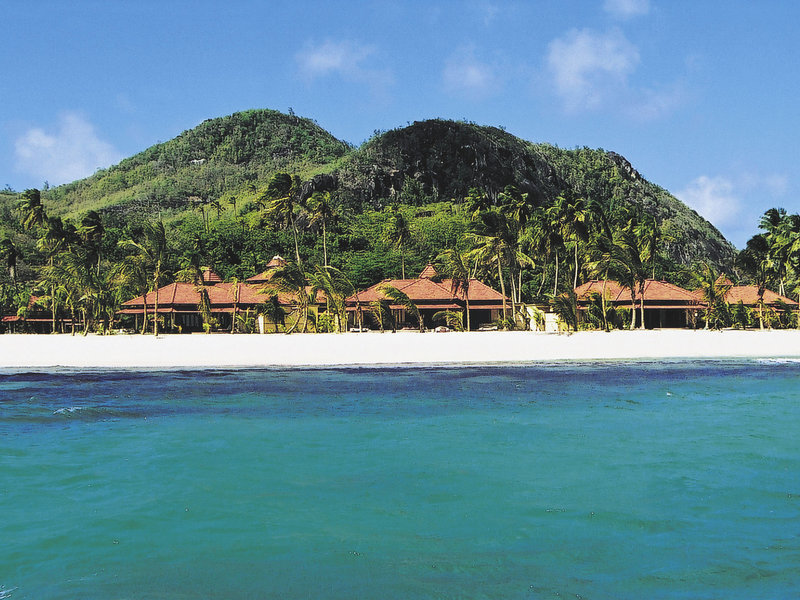 Beachcomber-Sainte-Anne-Resort