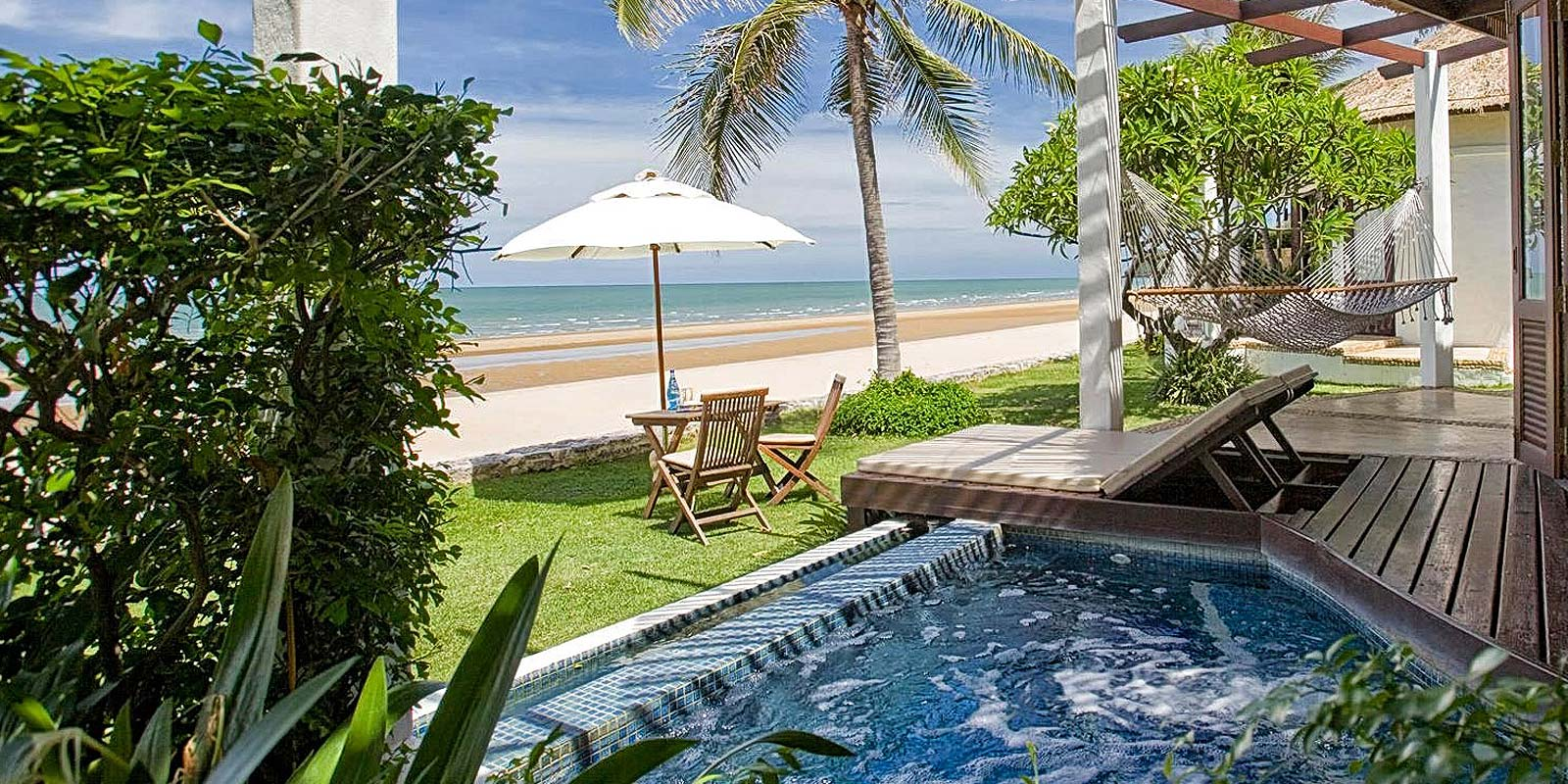 Aleenta Resort Pran Buri