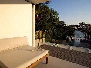 Centara-Q-Resort-Rayong2-300x225