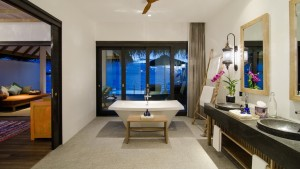 Finolhu_Small-Maldives-Island-Co.1-300x169