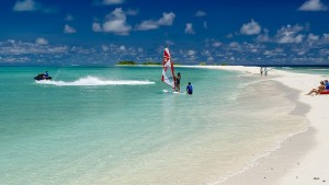 Finolhu_Small-Maldives-Island-Co.11-300x169