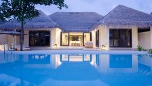 Finolhu_Small-Maldives-Island-Co.18-300x169