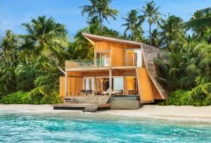 The-St.-Regis-Maldives-Vommuli-Resort2-300x203