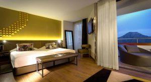Hard-Rock-Hotel-Teneriffa5-300x164